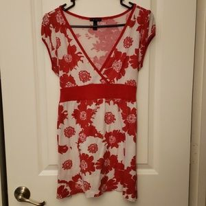 Red and white v-neck tunic